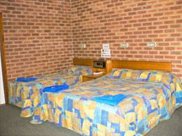 Bohle Barn Hotel Motel - Accommodation Perth