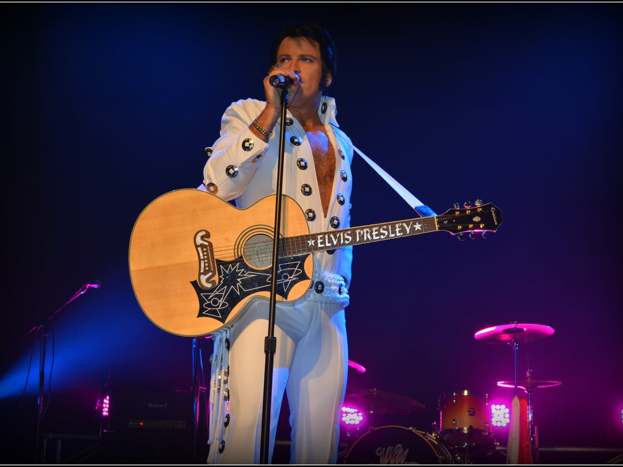 Elvis Forever - Damian Mullin 'Up Close and Personal' - Accommodation Perth