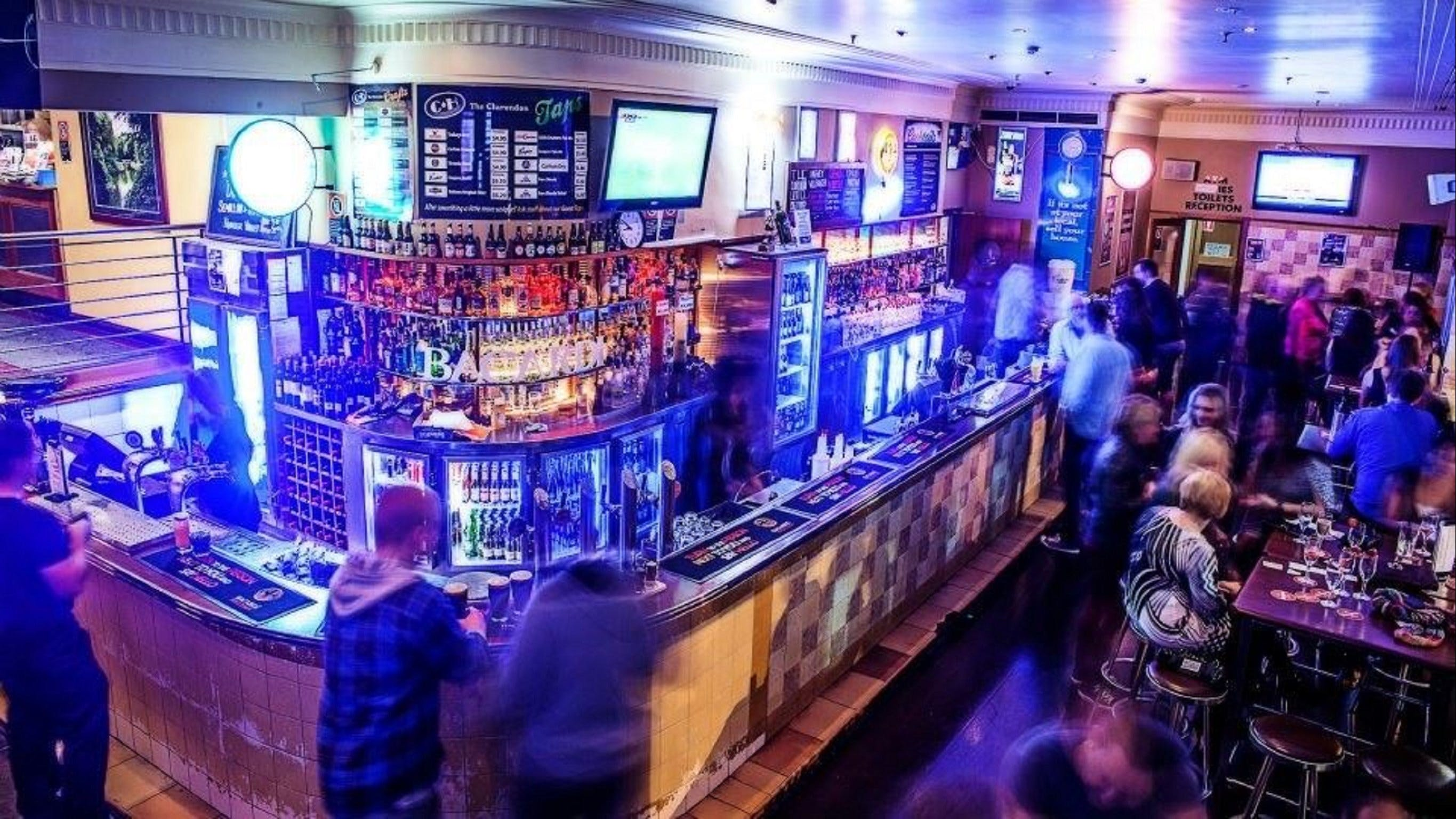 The Clarendon Hotel Bar - Accommodation Perth