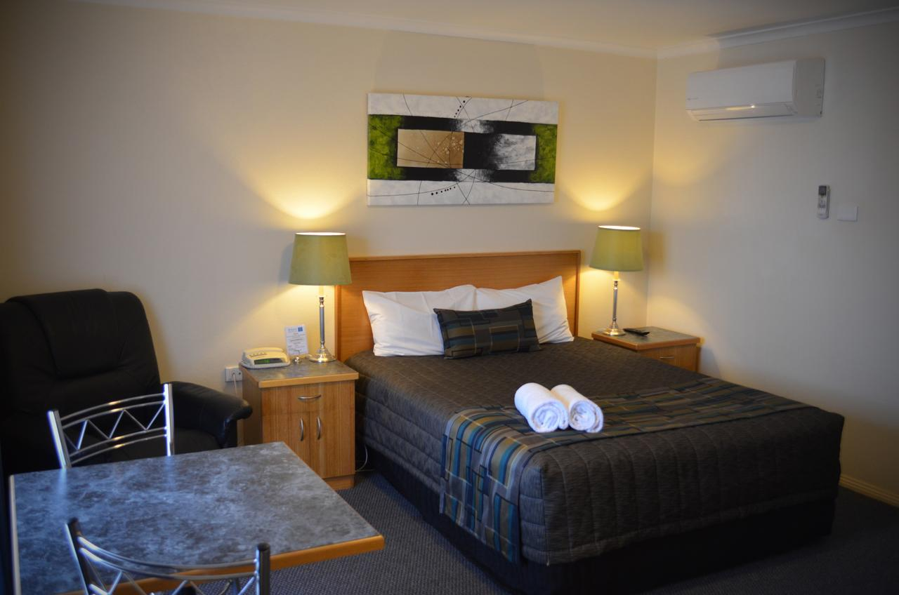 Arkana Motor Inn  Terrace Apartments - Accommodation Perth