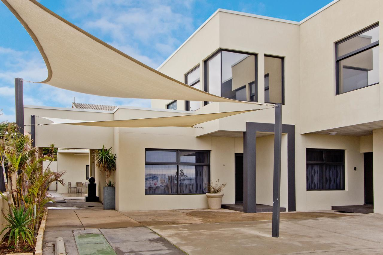 Atlantic West Beach Apartments - Accommodation Perth