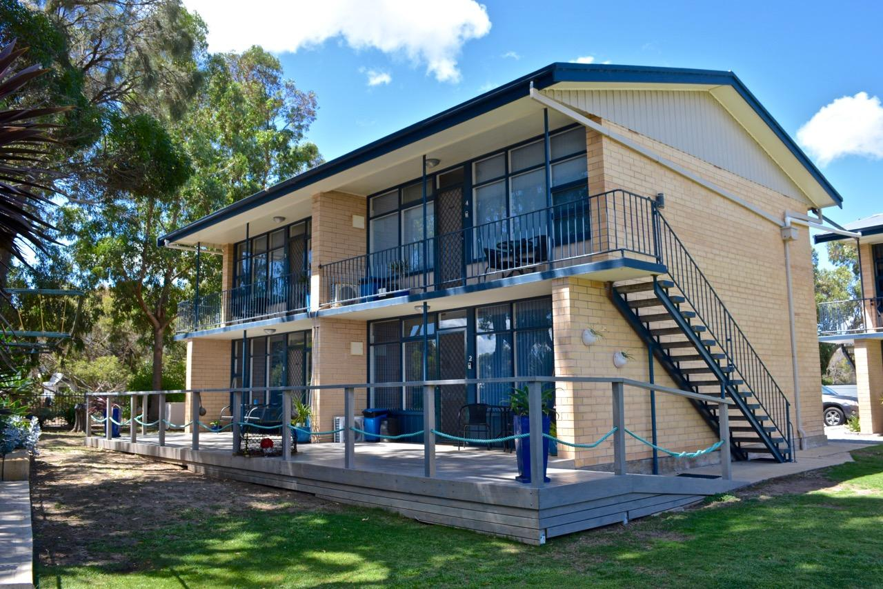 Longbeach Apartments - Accommodation Perth