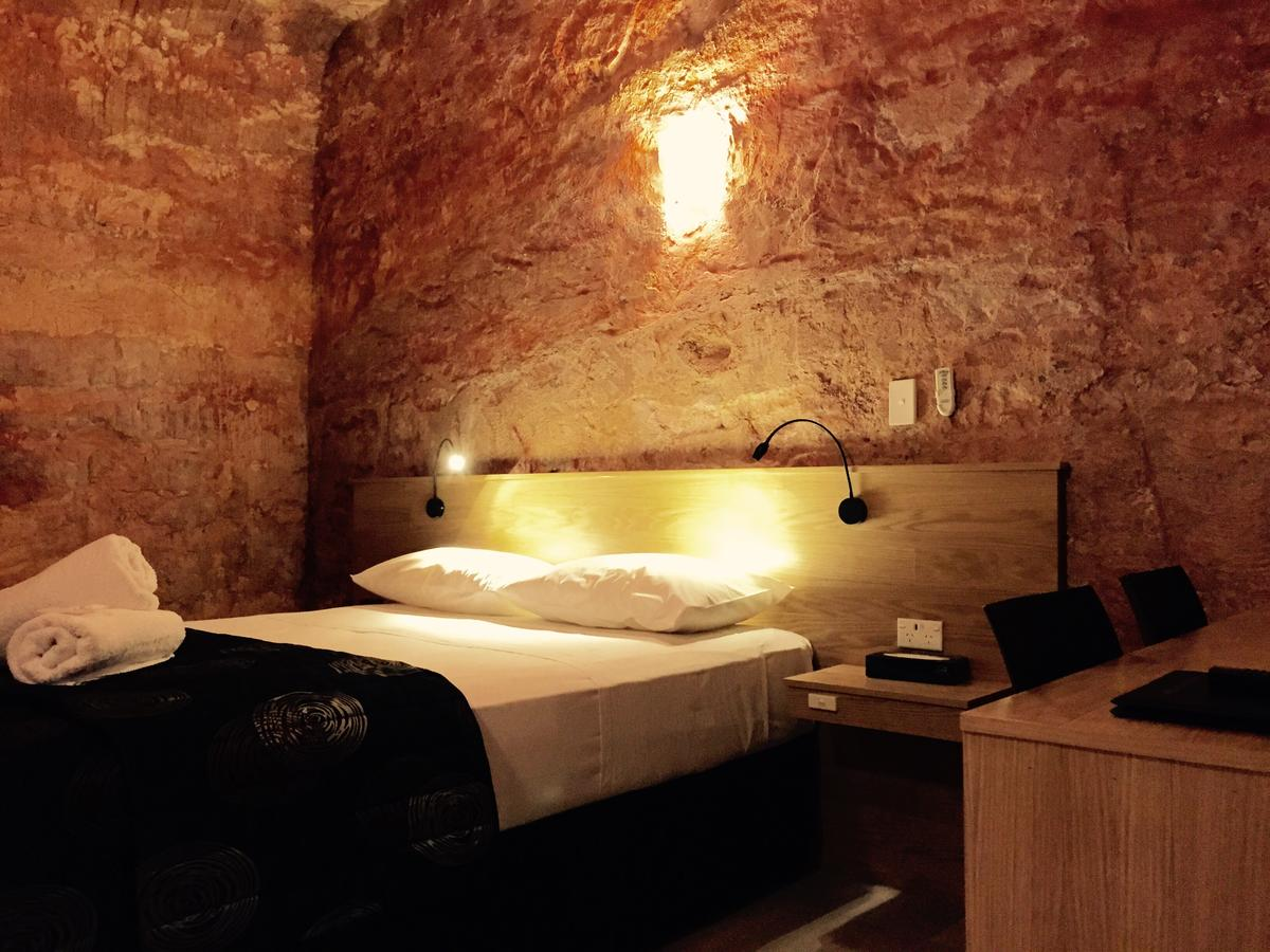 The Lookout Cave Underground Motel - Accommodation Perth
