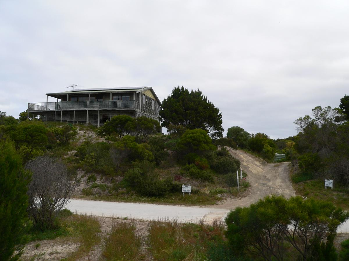 Lantauanan - The Lookout - Accommodation Perth