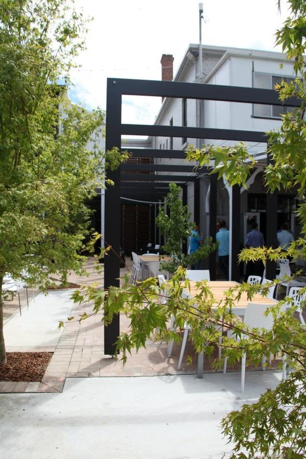 Crossroads Hotel - Accommodation Perth