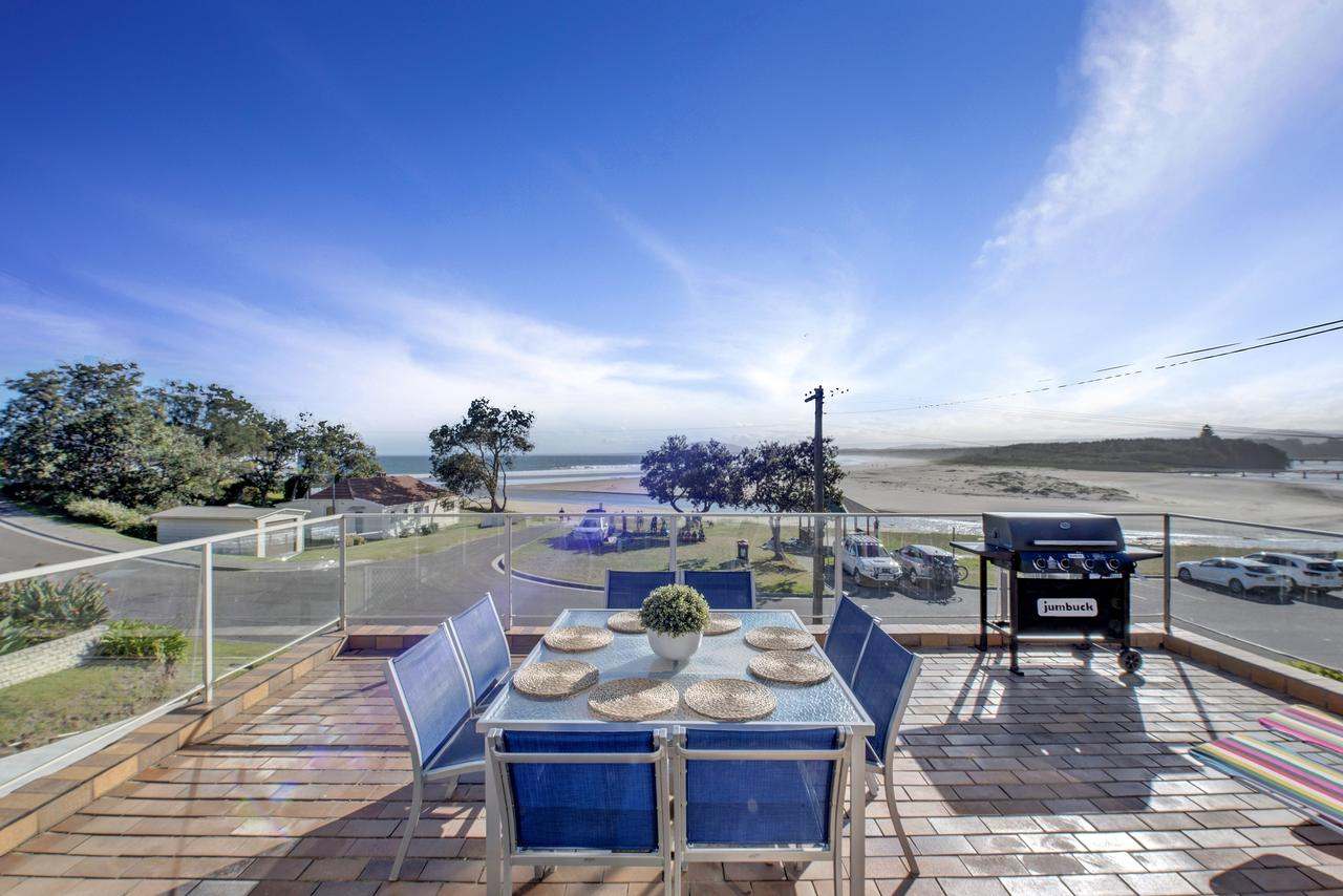 The Rotunda  Gerroa - Pet Friendly Beachfront - Accommodation Perth