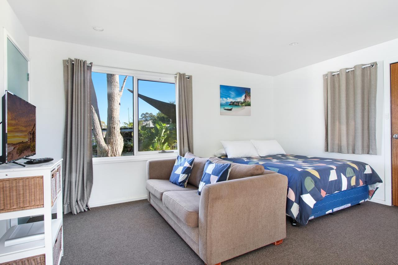 Huskisson Holiday Motel Cabins - Accommodation Perth