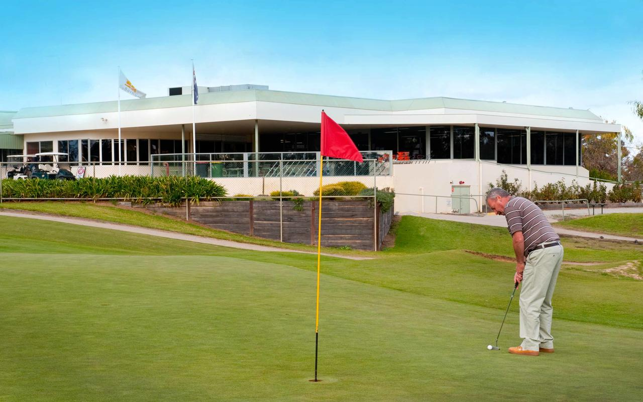 cluBarham Golf Resort - Accommodation Perth