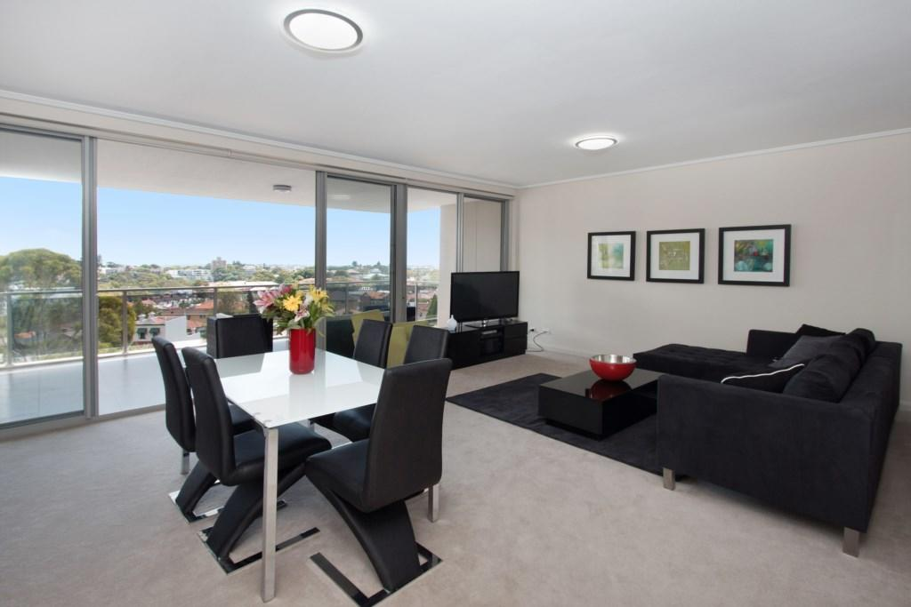 The Junction Palais - Modern and Spacious 2BR Bondi Junction Apartment Close to Everything - Accommodation Perth