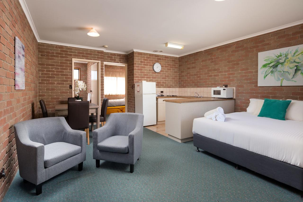 Corowa Bindaree Holiday Park - Accommodation Perth