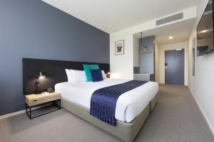 Mantra MacArthur Hotel - Accommodation Perth