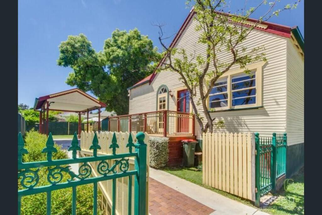 Bright 3-bedroom apartment - Central Armidale - Accommodation Perth