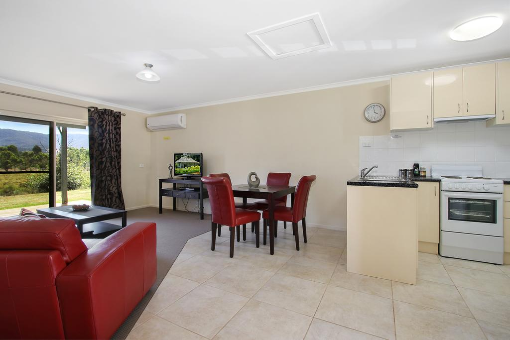Colonial Inn Guest Rooms - Accommodation Perth