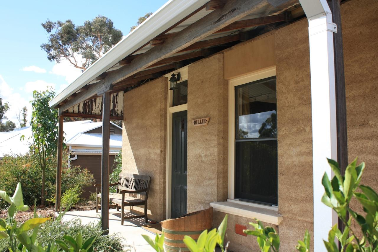 Hotham Ridge Winery and Cottages - Accommodation Perth