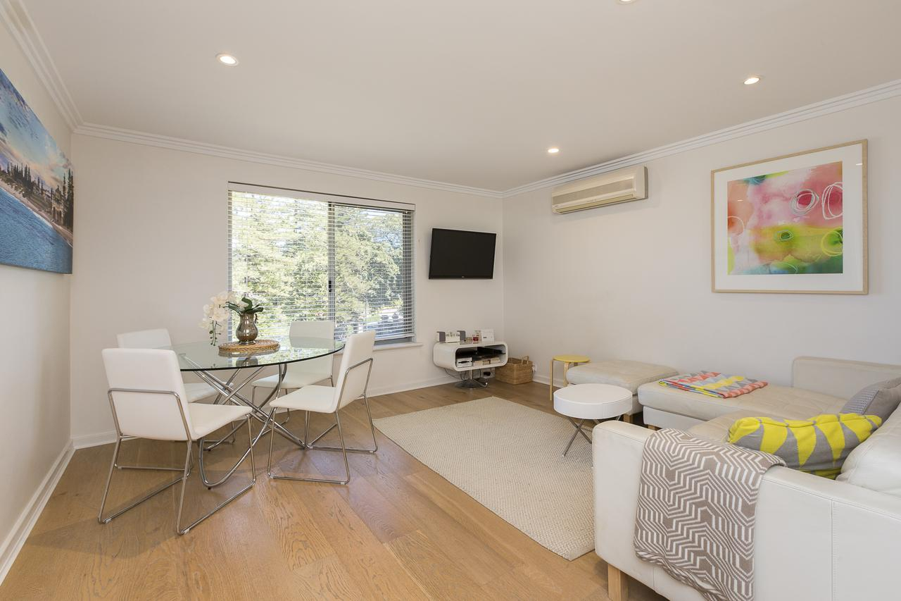 Cottesloe Beach Pines Apartment - Accommodation Perth
