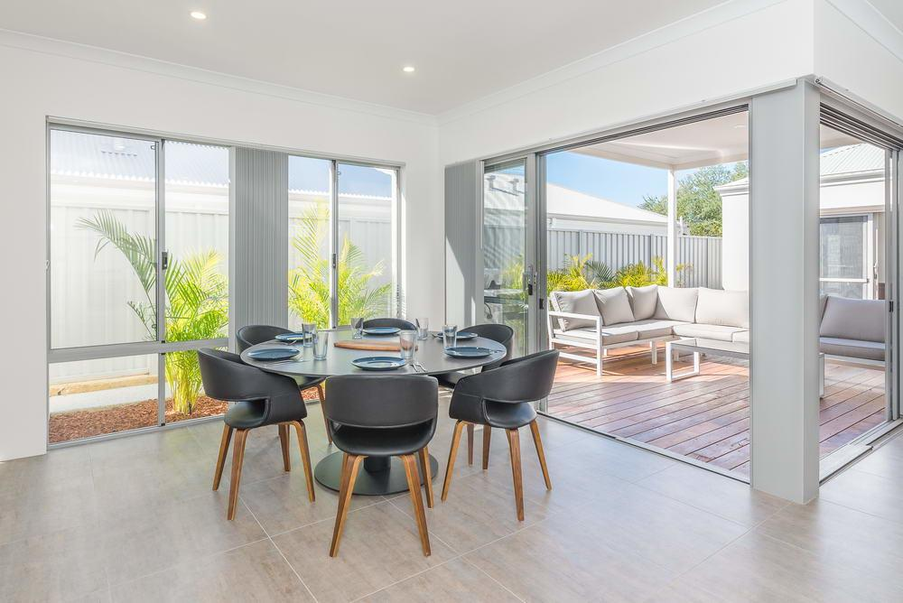 Karrinyup Waters Luxury House Rental - Accommodation Perth