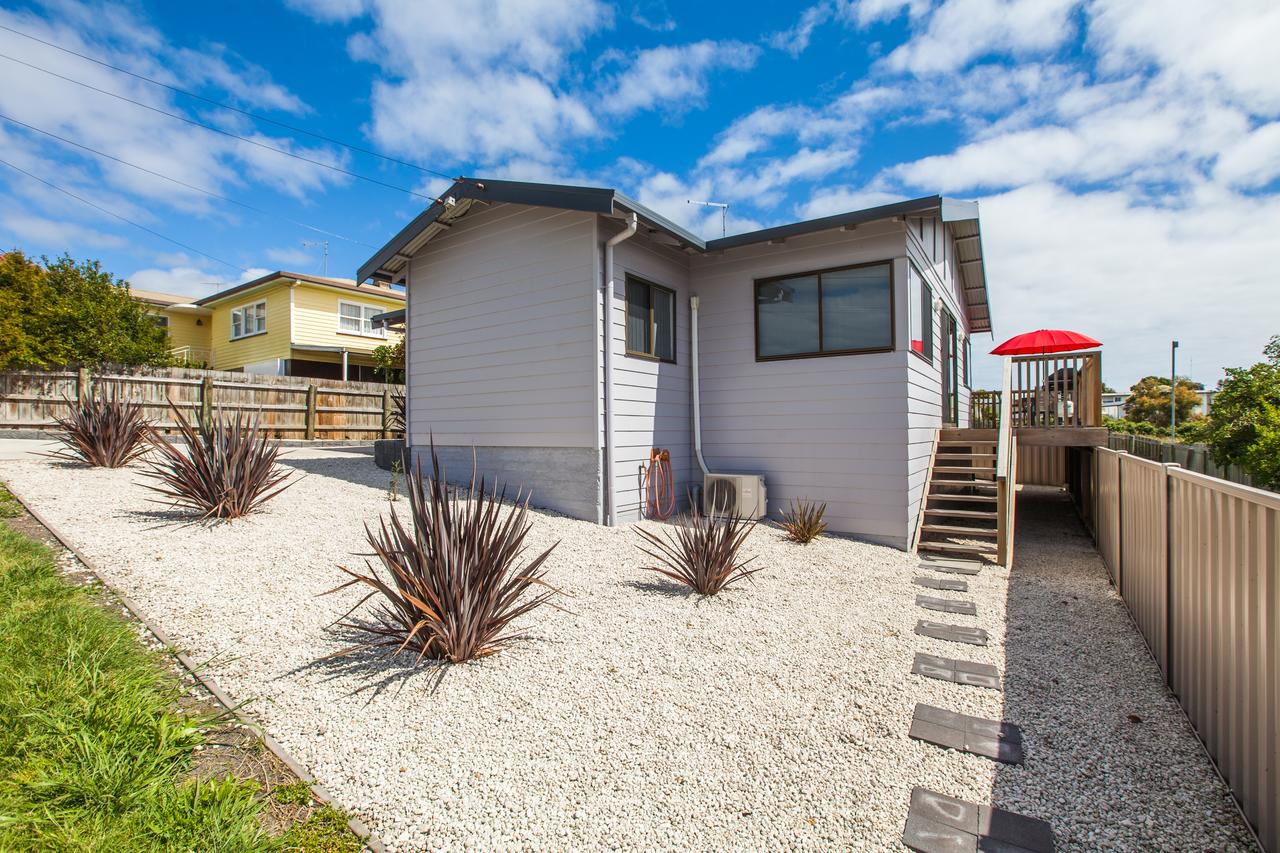 Bircoo Cottage Beach and Golf Getaway - Accommodation Perth