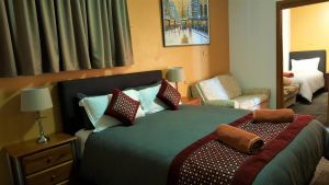 New Olympic Motel - Accommodation Perth