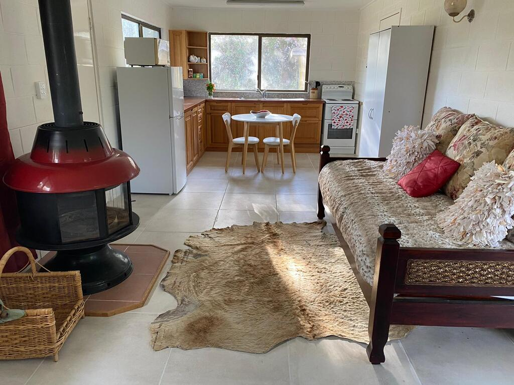Pear Tree Cottage at Amiens - Accommodation Perth