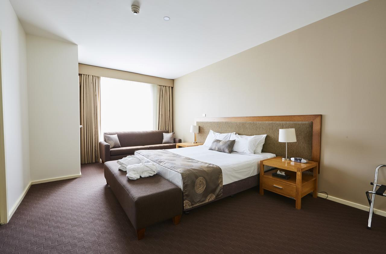 Mornington Hotel - Accommodation Perth