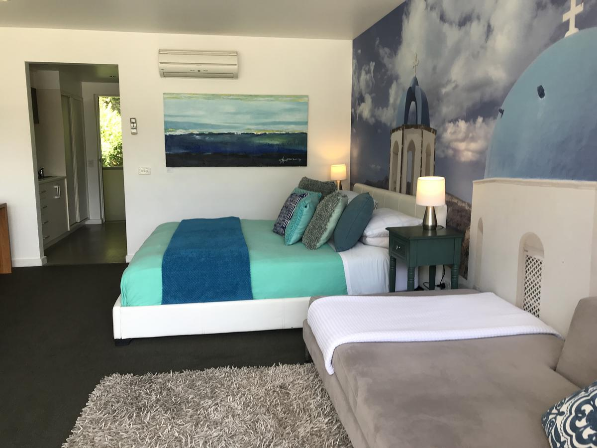 Lorne World - Accommodation Perth