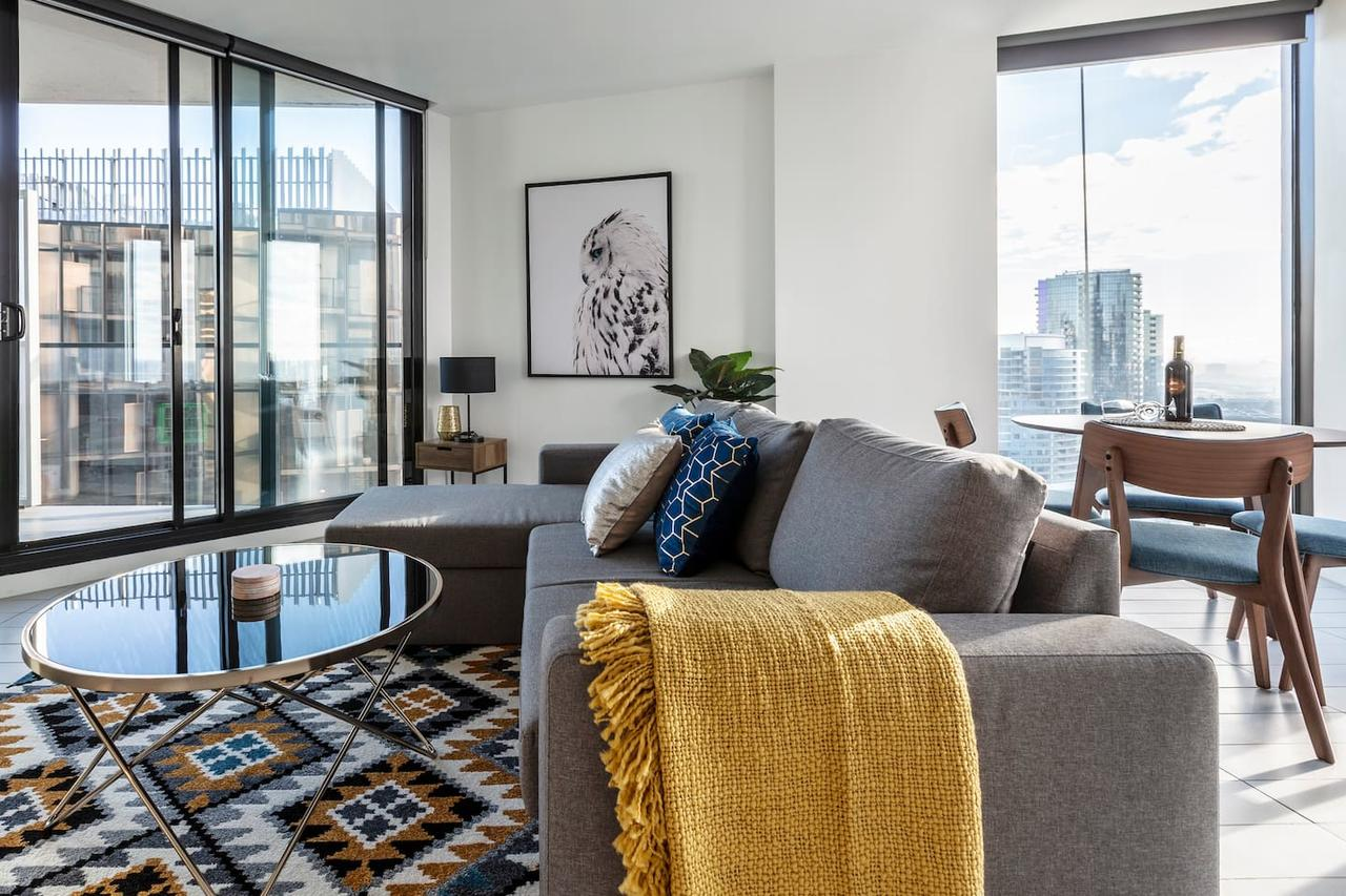 2Bedroom Apartment with Views in Docklands next to CBD  Marvel Stadium - Accommodation Perth