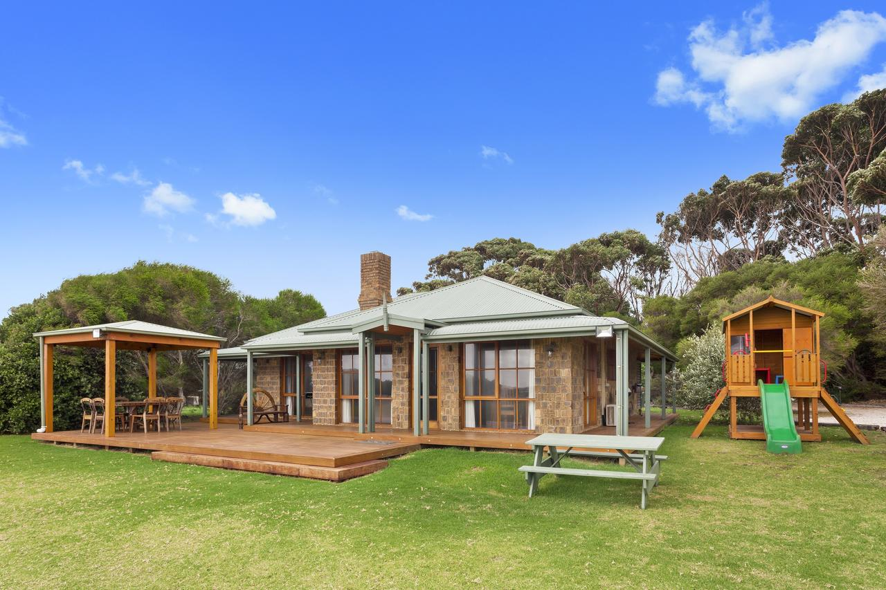 Apollo Bay Cottages - Accommodation Perth