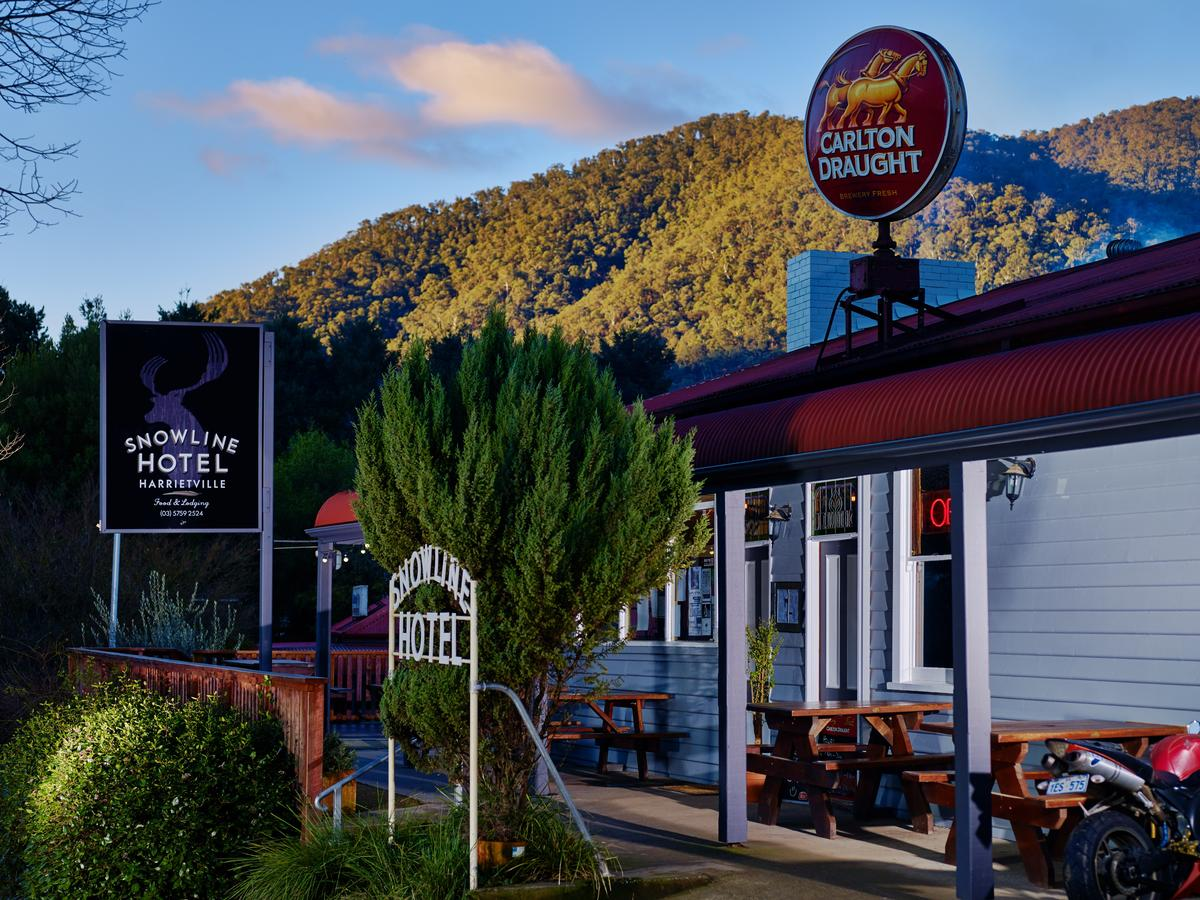 The Harrietville Snowline Hotel - Accommodation Perth