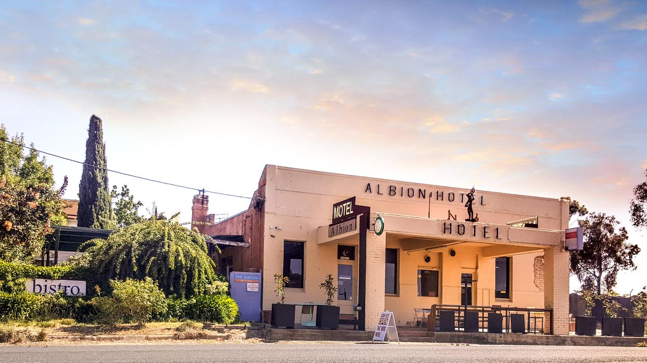 Albion Hotel and Motel Castlemaine - Accommodation Perth