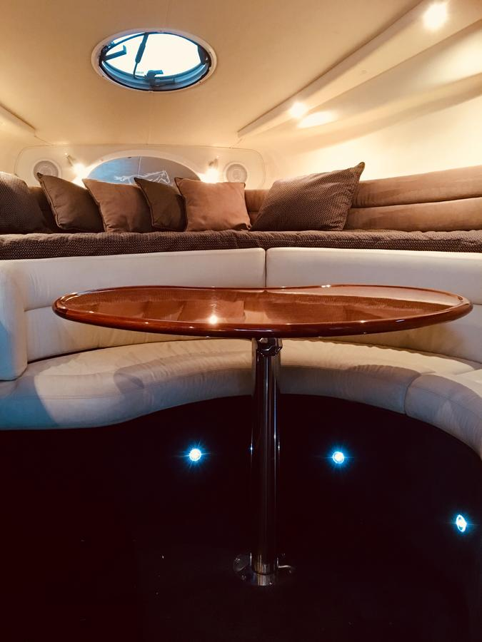 Luxury on the water Private luxurious boat - Accommodation Perth