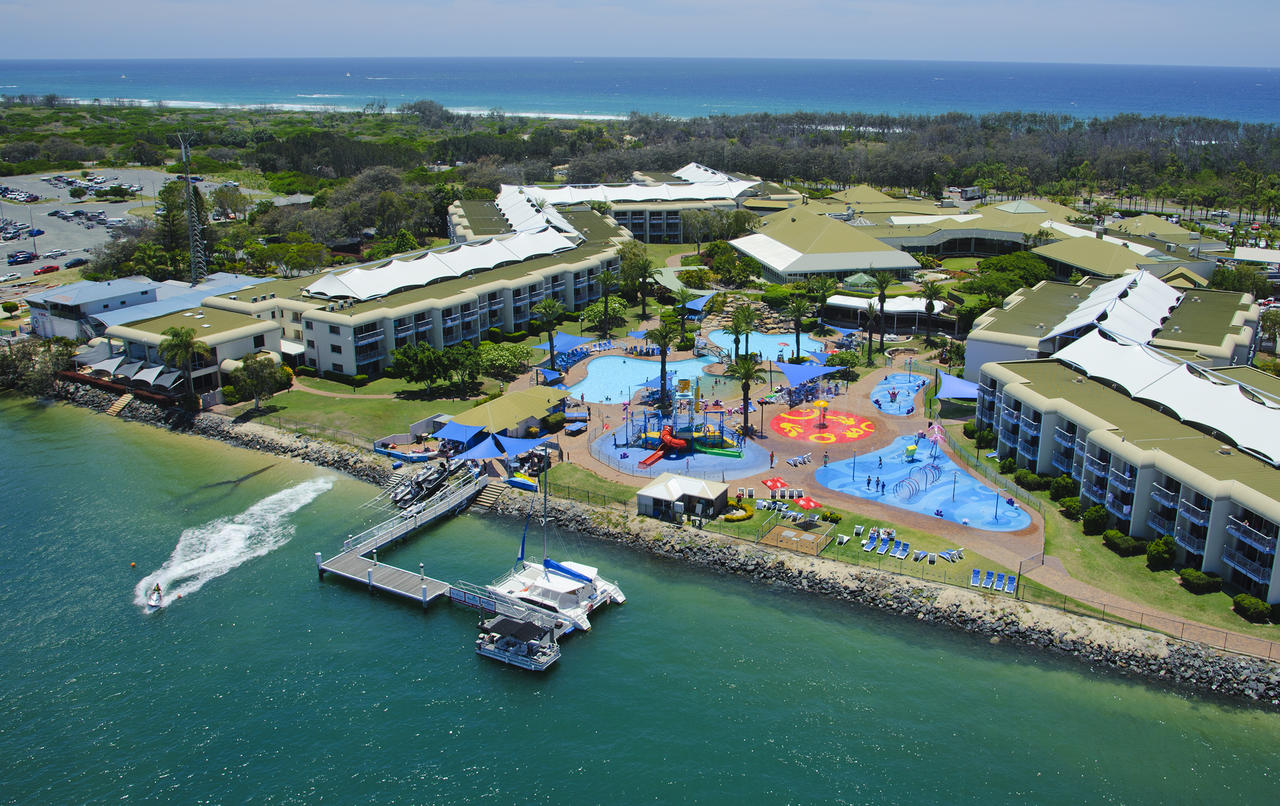 Sea World Resort  Water Park - Accommodation Perth