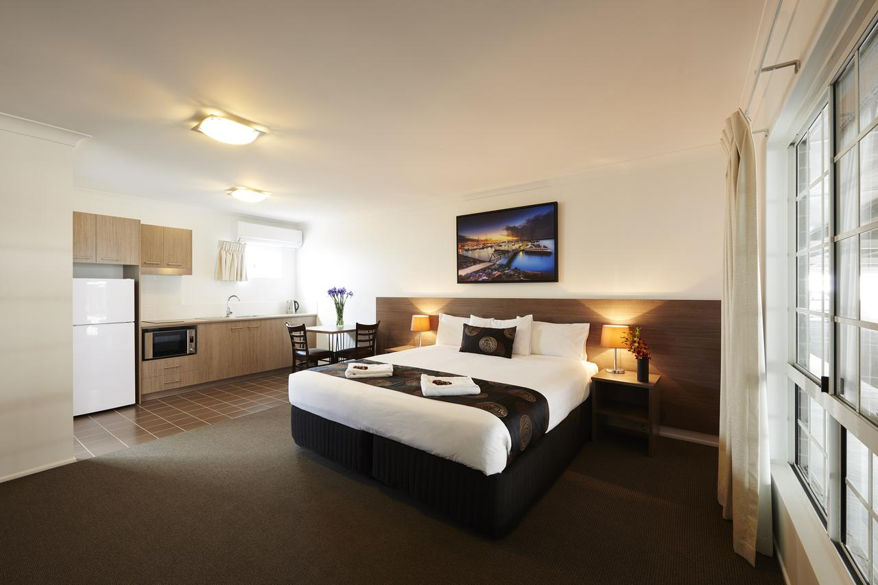 Takalvan Motel - Accommodation Perth
