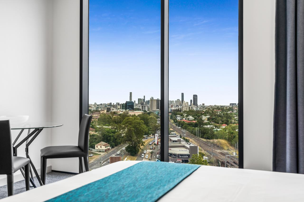 Essence Suites Taringa - Accommodation Perth