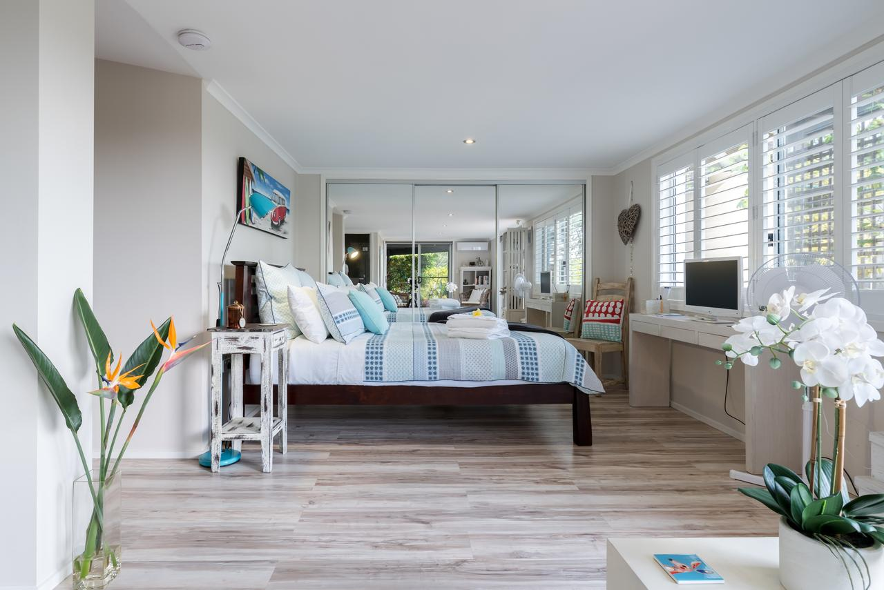 Private guest suite high on Currumbin hill - Accommodation Perth