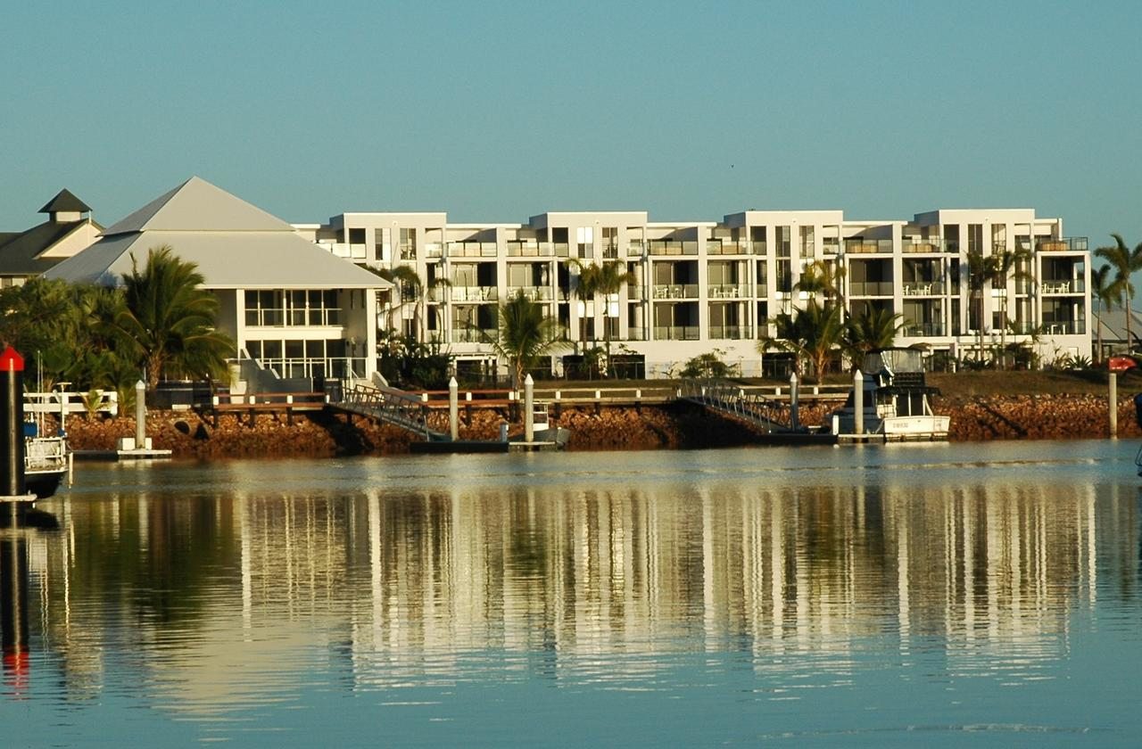 Hinchinbrook Holiday Apartments - Accommodation Perth