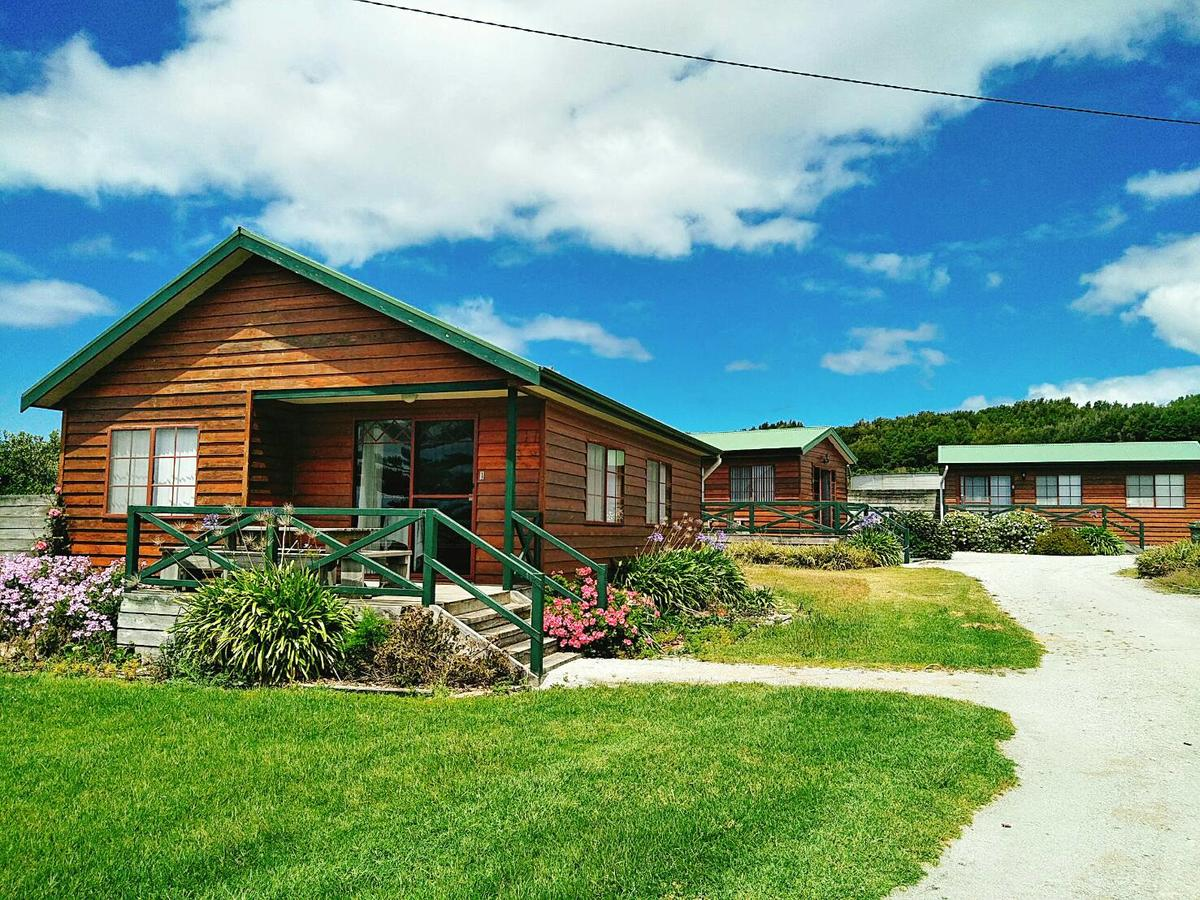 Baudins Accommodation and Restaurant - Accommodation Perth