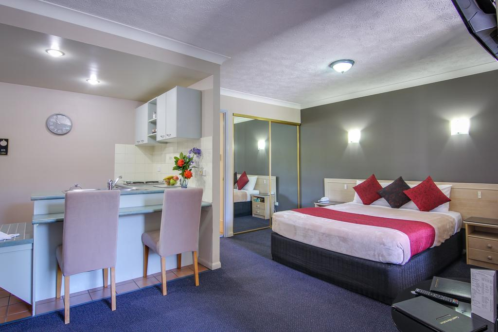 AAA Airport Albion Manor Apartments and Motel - Accommodation Perth